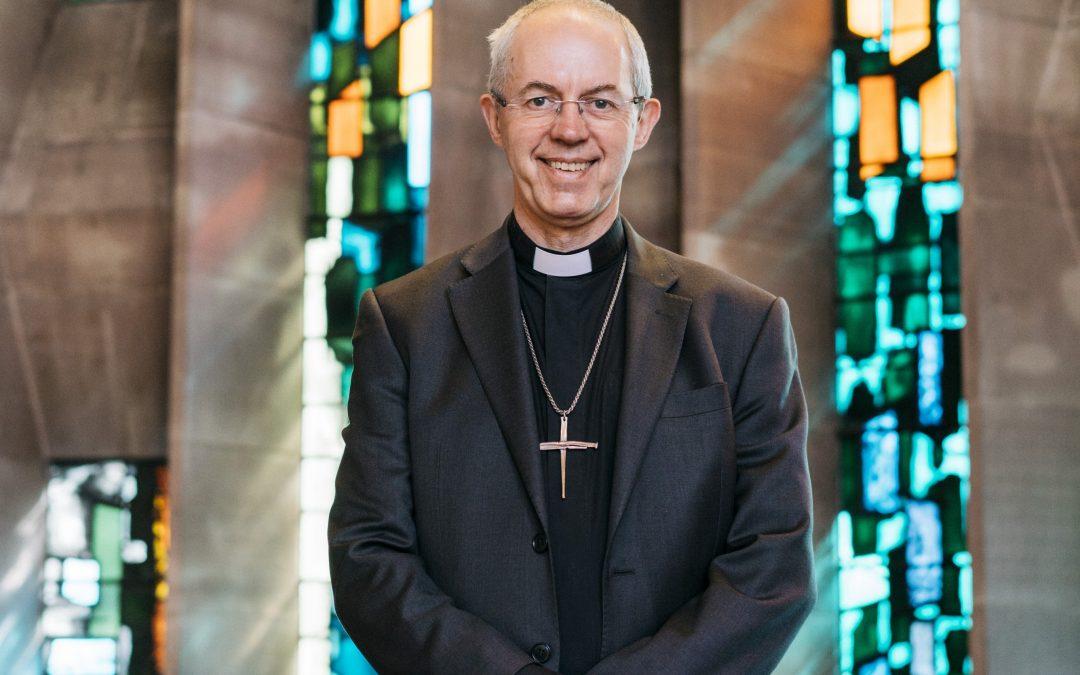 Justin Welby – arcibiskup canterburský sa modlí v jazykoch.